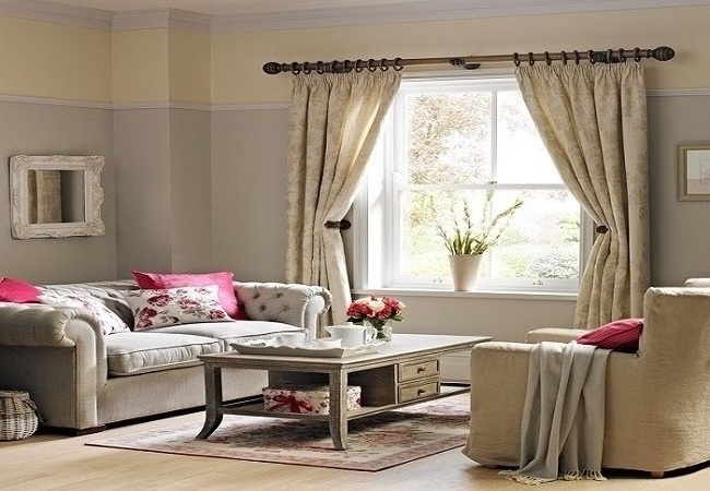 curtains with a tieback